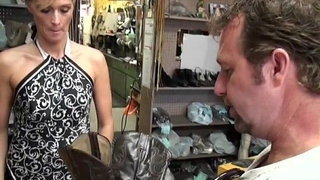 Jessica-gets-her-courgar-twat-treated-by-the-Milf-Hunter's-cock