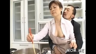 Ramrod-hungry-japanese-mature-sucks-a-big-one-eyed-monster-passionately