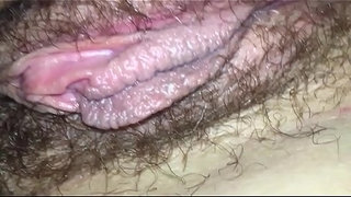 beautiful-milf-hairy-pussy-masturbating---homemade-close-up