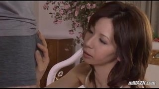 Milf-In-Lingerie-Giving-Blowjob-For-Young-Guy-Cum-To-Mouth-On-The-Bed