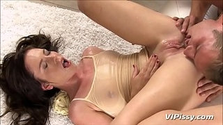 Blowjob-and-Piss-Shower