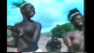 topless-african-dance