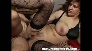 Milfs-fuck-party