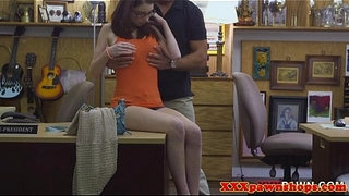 Spex-teen-at-pawnshop-fingered