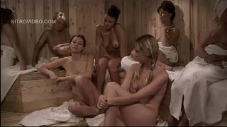 Heather-Vandeven-nude-in-the-girl-only-sauna