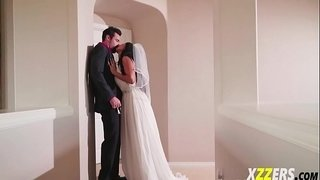 August-Taylor-In-Fuck-Bride-Before-Wedding