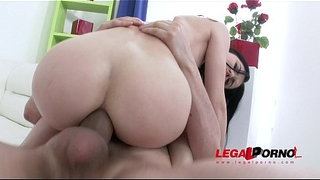 Hot-slut-Crystal-Greenvelle-gangbang-with-4-studs-and-4-cum-swallows