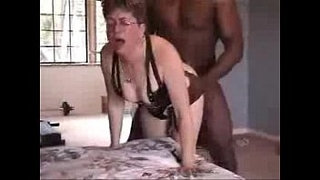 Mature-wife-used-by-black-bull