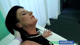 FakeHospital-Smart-mature-sexy-MILF-has-a-sex-confession-to-make