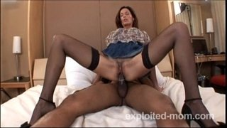 Hot-amateur-milf-banging-black-cock-in-Mature-Pussy-Video