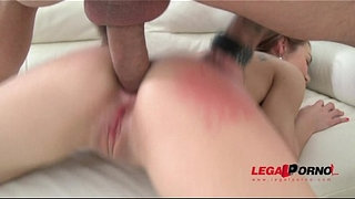 Stacy-Snake-back-to-studio:-classic-3on1-LP-anal-treatment-(DP-&-gapes)-SZ1311