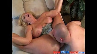Chubby-Blonde-BBW-Bouncing-and-Moaning
