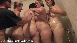 Lucky-young-guy-shooting-cum-over
