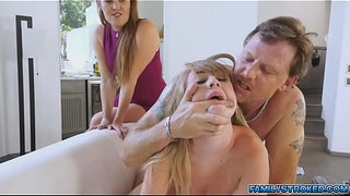 Iggy-got-spanked-and-filled-her-twat