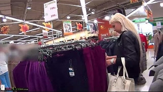 Two-girls-on-public-have-sex-for-shopping-free