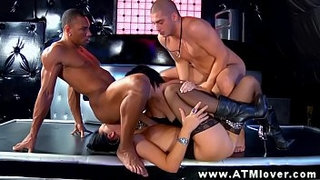 Hot-anal-group-with-babes-sucking-before-ass-fucked