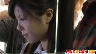 Japanese-teen-having-sex-in-public