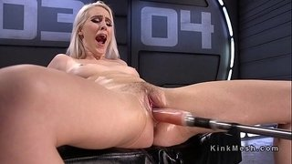 Natural-blonde-fucking-machine-and-squirting